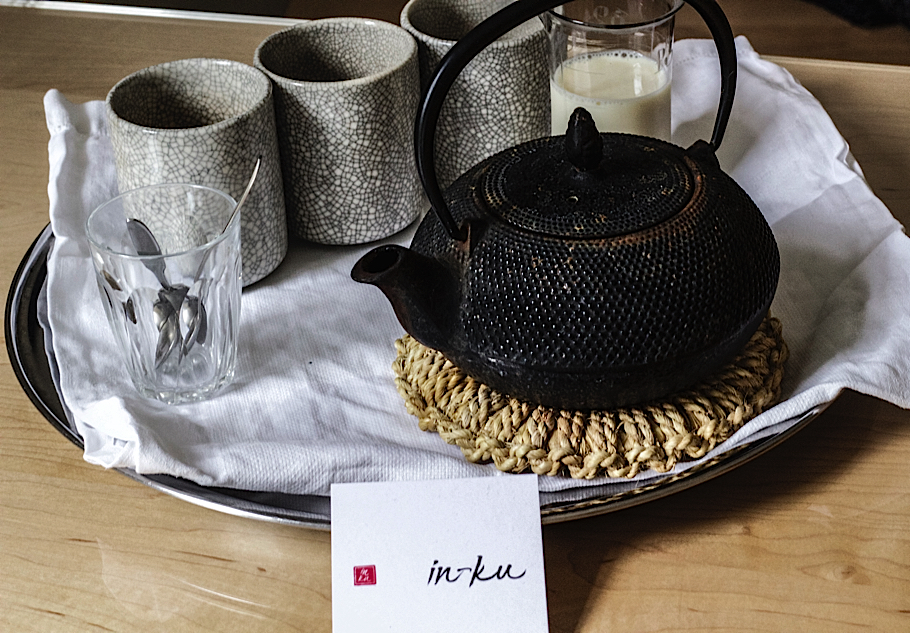Carin Mansfield, Slow Fashion designer, Universal Utility, In-ku, Japanese teapot and cups on tray | Fabulous Fabsters