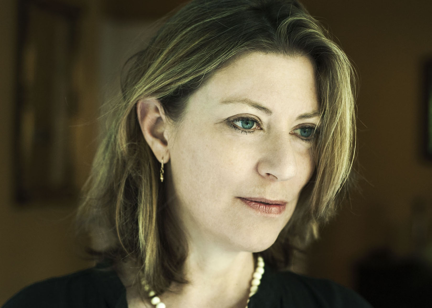 Julie Carlson by Matthew Williams | Fabulous Fabsters